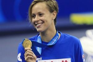 Nuoto, Federica Pellegrini regala la 2a medaglia d'oro all'Italia