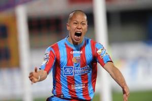Calcio, Catania: Takayuki Morimoto passa al Novara