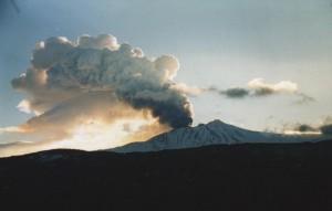 Etna, nuova eruzione potrebbe causare cancellazione voli