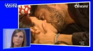 Cristian e Francesco si baciano