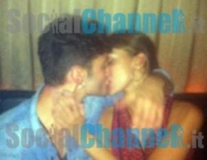Belen Rodriguez e Stefano De Martino, foto del primo bacio