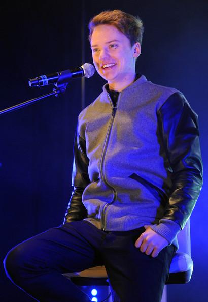 Conor-Maynard-Turn-Around-2012