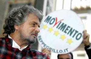 """Beppe Grillo e i suoi auguri di Natale: """"la cura Monti, ucciderà il malato!"""""""