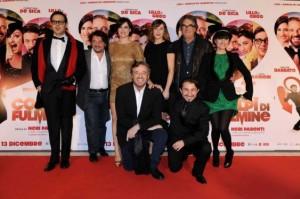 Colpi di fulmine, il nuovo film con Cristian De Sica al cinema [trailer e interviste al cast]
