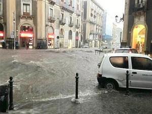 Nubifragio Catania: rientrato allarme per il disperso, polemica mancato avviso