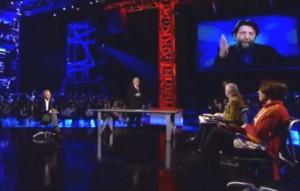 Servizio Pubblico: Sgarbi litiga con Cacciari e attacca Beppe Grillo
