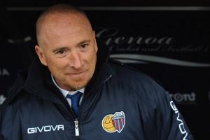 Calcio Catania: via Gasparin, Maran dei record resta