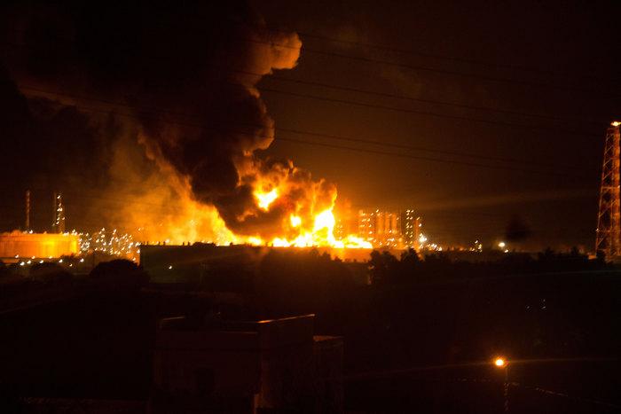 incendio-raffineria-di-milazzo-2014-foto