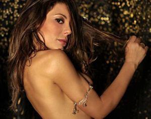 """Naike Rivelli a Dagospia: """"Sono una nudista naturista"""" [foto]"""