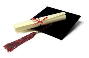 Si presenta alla laurea ma si scopre che ha dato solo due esami