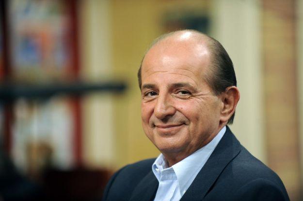Il nuovo Presidente della Repubblica è Giancarlo Magalli, per il web