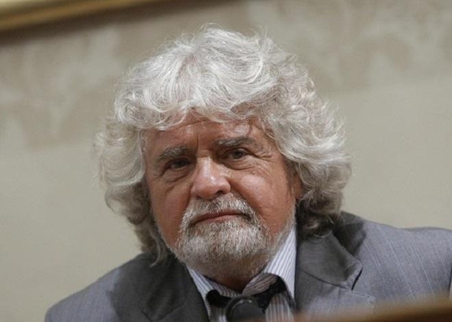 """Beppe Grillo: """"Corriere e Repubblica giornali di regime, clic fasulli"""""""