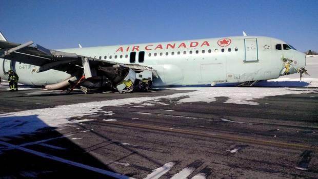 L'aereo Airbus A320 esce fuori di pista in Canada con 130 persone a bordo