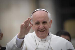"""Papa Francesco, domenica delle Palme: """"Vi esorto a proseguire il vostro cammino"""""""
