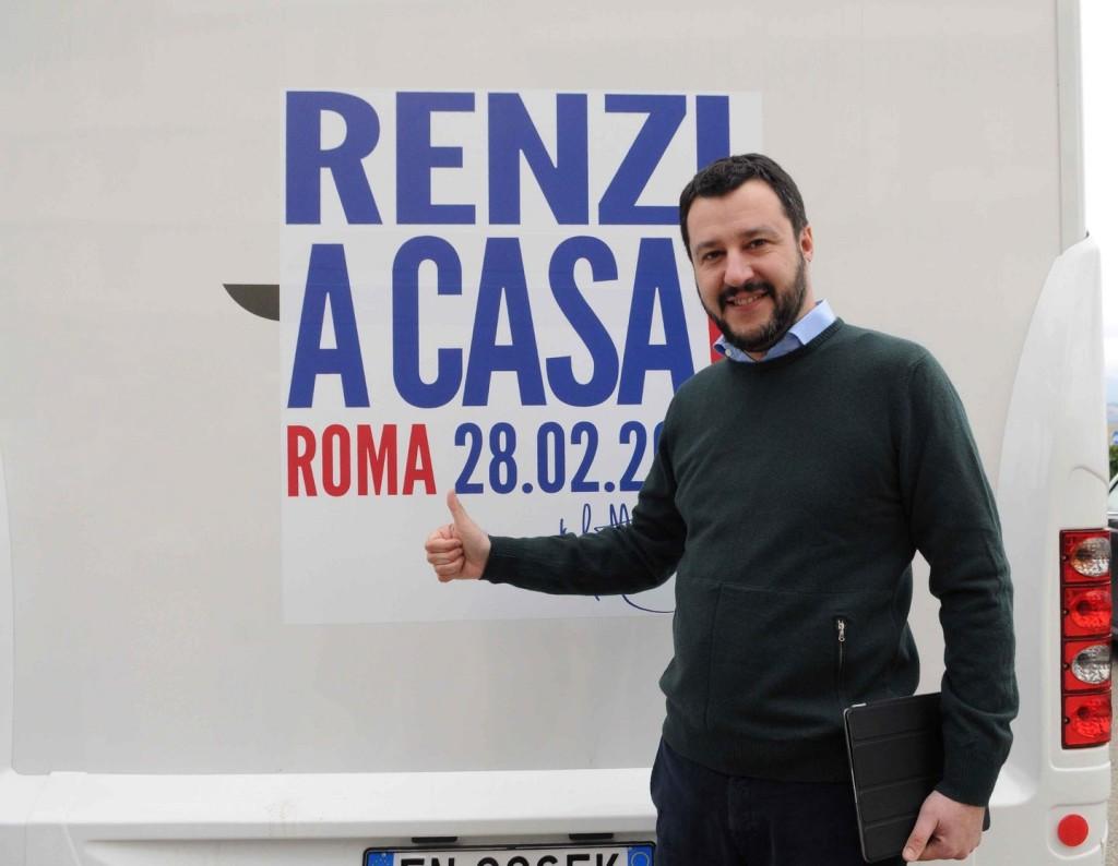 Matteo Salvini a Roma con la sua 'Lega' insieme a CasaPound