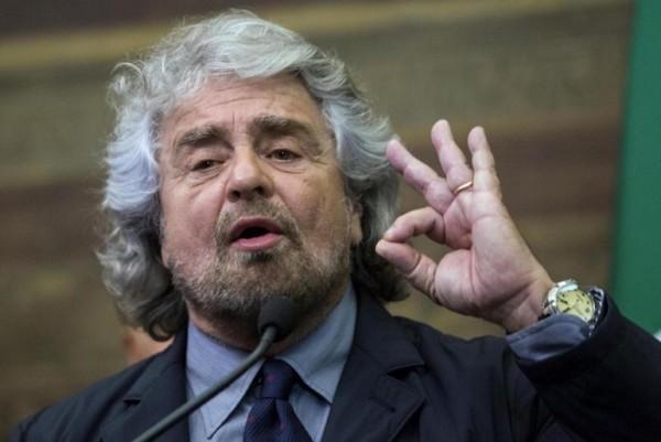 Il Blog di Grillo oscura il nome di Renzi, anche dai commenti