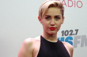 Miley Cyrus e le figlie di Demi Moore e Bruce Willis: scatti bollenti