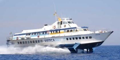 Ustica Lines: la Regione siciliana non paga più, collegamenti con isole fermi