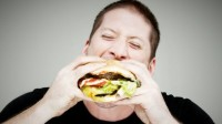 """""""No Diet Day"""": per un giorno ci si può abbuffare, contro l'anoressia"""