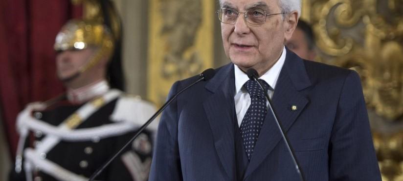 """Mattarella: """"Nessuno è un uomo solo al comando in democrazia"""""""