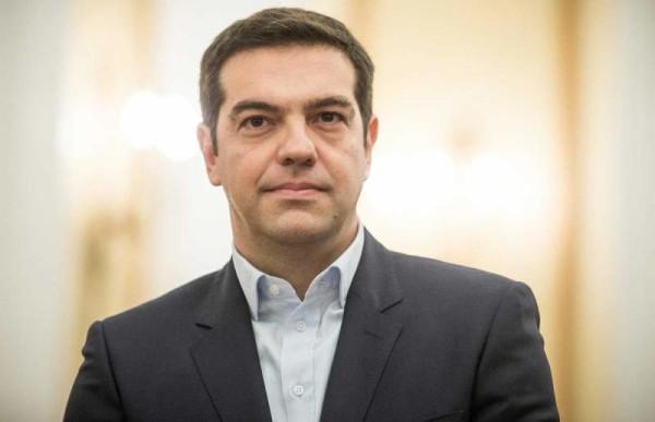 Grecia: Tsipras chiede il voto per il suo piano, scontri ad Atene