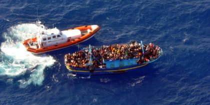 Migranti, salvati più di 4mila in un giorno nel Canale di Sicilia