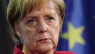 """Immigrazione, Beppe Grillo presenta """"il piano Merkel"""": «Aiutarli nelle loro nazioni»"""