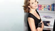 Barbara D'Urso invita Lisa Fusco per parlare della spaccata ma cade anche lei in diretta [video]