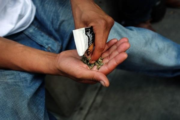 Marijuana chimica alterata con additivi, è allarme: 120 ricoverati a New York