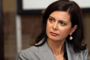 """La Boldrini apprezza la 'rete' Aki: """"Non si può restare indifferenti sui migranti"""""""