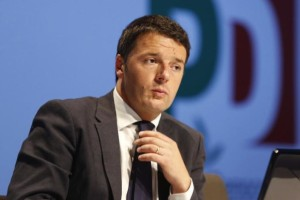 """Renzi sull'immigrazione: """"Valutare le richieste d'asilo per evitare i viaggi della morte"""""""