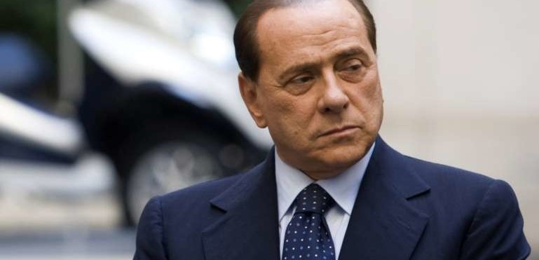 """Berlusconi: """"A Milano vinceremo noi nel 2016. Io in campo perché la situazione precipita"""""""