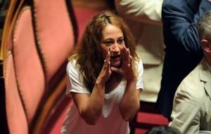 """Senatrice Taverna del M5S: """"Ritiro Bedori? Non ha retto, nessuno di noi fa la Pnl di Casaleggio"""""""