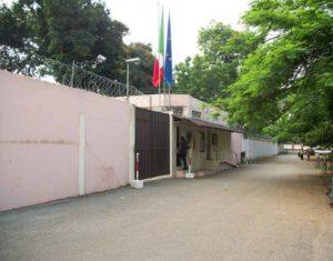 Ghana, Ambasciata Italiana: ghanese minaccia di farsi esplodere con una bombola di gas