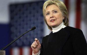 """Elezioni Usa, Hillary Clinton annuncia su Twitter il suo vice: """"Sarà Tim Kaine"""""""
