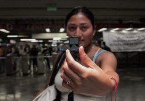 Città del Messico, fischietto in metropolitana per combattere le molestie sessuali