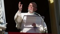 """Angelus Papa Francesco: """"Dio disperda ogni progetto di terrore e di morte"""""""