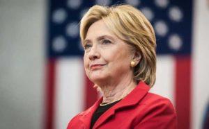 """Usa, Hillary Clinton: """"007 russi dietro gli attacchi hacker al partito democratico"""""""