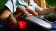 Pornografia infantile su Internet, indagine di Europol: 5 arresti in Italia, 75 in tutta Europa