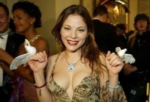 Naike Rivelli, anche la figlia di Ornella Muti fa outing