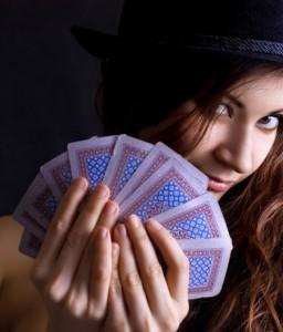 Poker room, sempre più donne giocano al poker online
