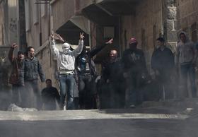 Siria, salito a 100 il numero dei morti