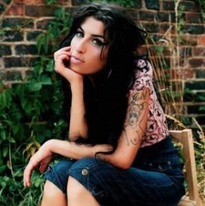 Amy Winehouse, rubate canzoni inedite dalla sua abitazione