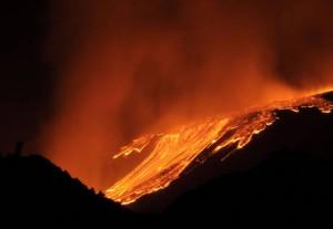 Eruzione Etna, foto e video dell'ultima eruzione