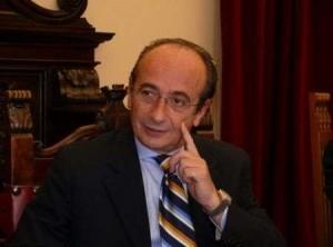 Buzzanca, sindaco di Messina: cade da una barca, ricoverato