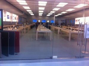 Apple Store Catania: inaugurato oggi l'apple store dei record