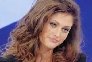 Uomini e Donne anticipazioni: Emiliana si elimina e Francesco non la cerca