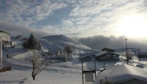 Etna: liberati i 25 turisti bloccati nel Rifugio Sapienza