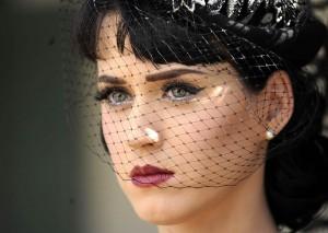 Katy Perry abbandona la musica: ha il cuore spezzato