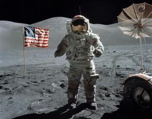 Neil Armstrong vide gli UFO sulla Luna nello storico sbarco del 1969